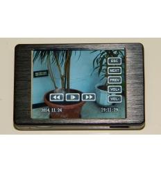 "3"" registratorius su liečiamu ekranu ir kamera - saga"
